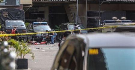 Endonezya'da polis merkezine bombalı intihar saldırısı düzenlendi