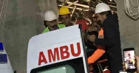 Enkazdan 33 saat sonra kurtarılan mühendis hayatını kaybetti