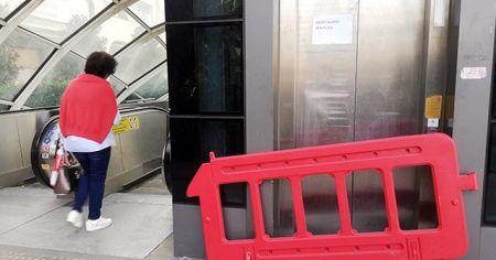 Metrobüs'te bozuk asansör rezilliği