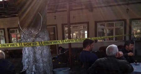 Sakarya'da kahvehanede silahlı kavga: 2 yaralı, 4 gözaltı