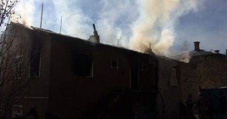Yangında hayatını kaybeden iki küçük kardeşten geriye fotoğrafları kaldı
