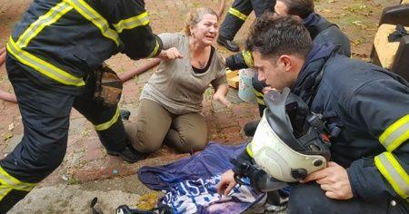 Yangından kurtulduğuna sevinemedi! Gözyaşlarına boğuldu
