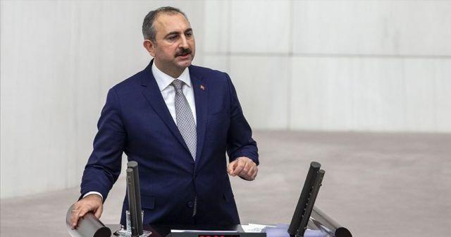 Adalet Bakanı Gül: FETÖ ile mücadele eden bu yargıya kimse leke düşüremez