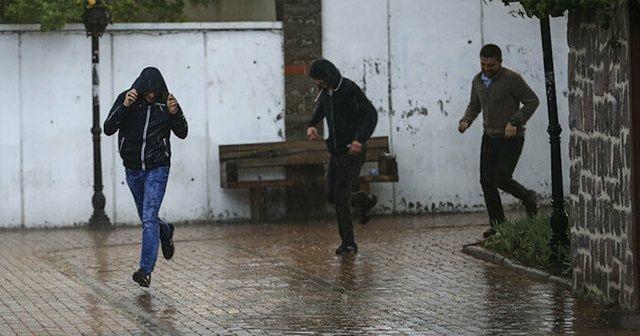 Antalya'da metrekareye 100 ila 150 kilogram arası yağış düştü