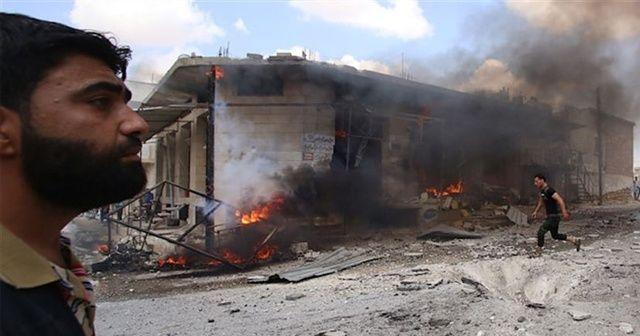 İdlib'e yönelik hava saldırılarında çok sayıda sivil hayatını kaybetti