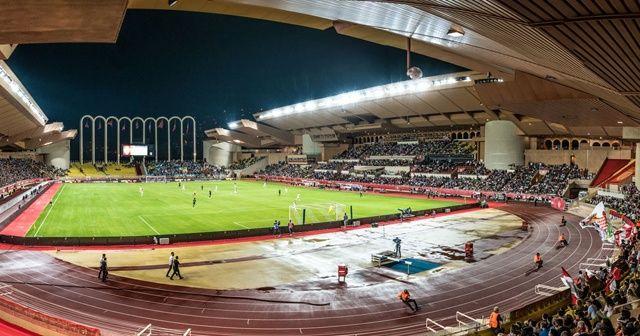 Monaco ile PSG maçı ertelendi