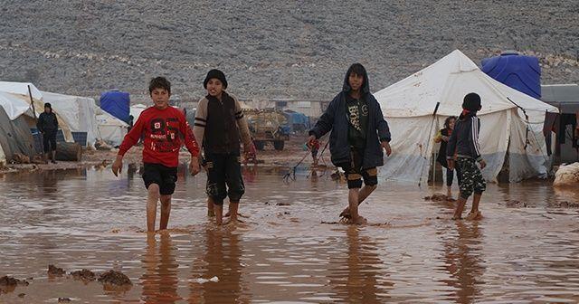Suriye'de su basan kamplar için yardım çağrısı