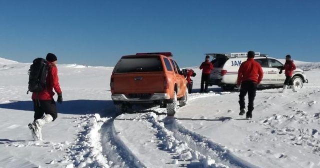 Uludağ'daki kayıp dağcılar için tüm ekipler seferber oldu