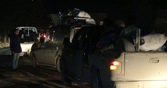 Yüzlerce Suriyeli Tel Abyad'a dönüş yaptı