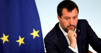 Aşırı sağcı İtalyan lider Salvini, Türk fındığı içerdiği için Nutella yemeyecekmiş