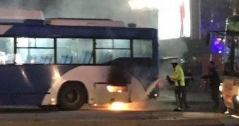 Başkent'te korkutan otobüs yangını