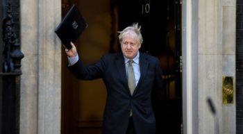 Boris Johnson sildi süpürdü