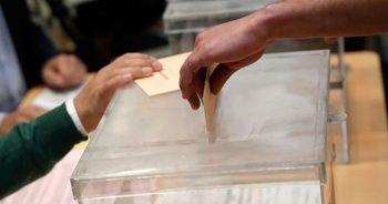 Cezayirliler cumhurbaşkanlığı seçimi için sandık başında