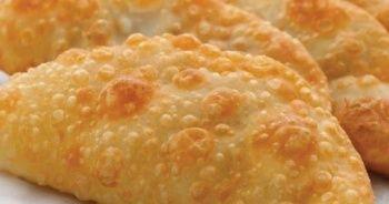 Çiğ börek nasıl yapılır, Çiğ börek yapımı ve kolay Çiğ börek tarifi