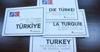 """Dörtlü Zirve'de liderlere """"Stratejik İttifakın Güçlü Üyesi Türkiye"""" kitabı"""