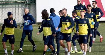 Fenerbahçe, Süper Lig'de yarın Çaykur Rizespor'a konuk olacak