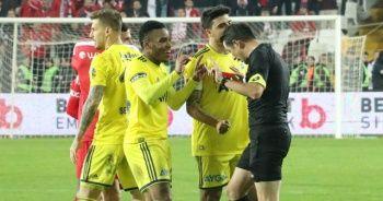 Fenerbahçeli Garry Rodrigues'e 2 maç ceza verildi
