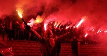 Kayserispor'a 'meşaleli' destek