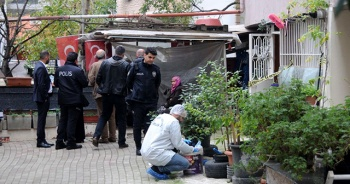 Kocaeli'de eşini sopayla darbedip boğarak öldüren koca gözaltına alındı