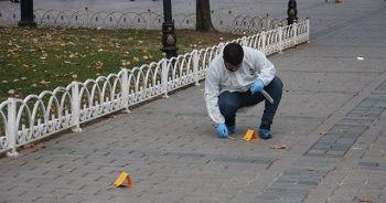 Sultanahmet Meydanı'nda silahlı kavga! 2 yaralı