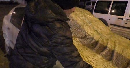 Araçlara halılı ve battaniyeli koruma
