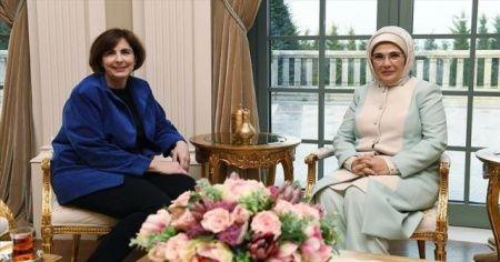 Emine Erdoğan, ABD'nin Ankara Büyükelçisinin eşi ile bir araya geldi