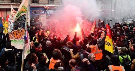 Fransa'da grevler 12. gününde