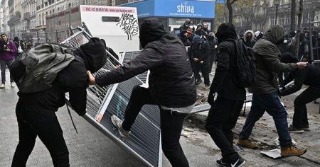 Fransa'da protestolara sert müdahale