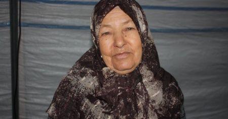 HDP önünde evlat nöbeti tutan ailelere bir destek de 72 yaşındaki Fatma nineden