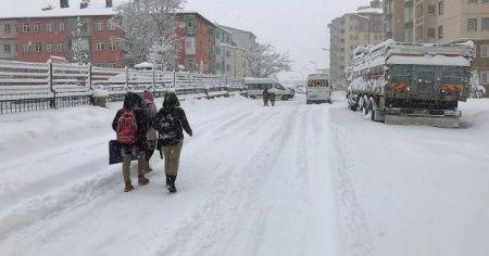 Kar tatili etkili oluyor! Tatil haberleri peş peşe geldi