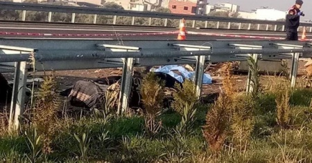 İzmir-İstanbul otobanında feci kaza: 1 ölü, 1 yaralı