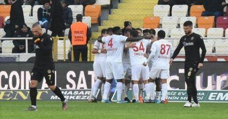 Lider Sivasspor Fenerbahçe maçına odaklandı