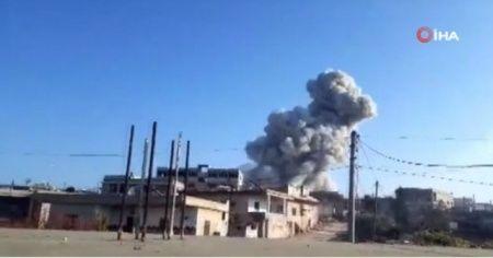 Rus uçakları İdlib'e saldırdı: 4 ölü, 5 yaralı