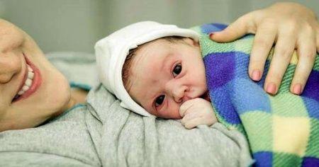Sezaryen doğum nasıl olur sonrasında riskleri nelerdir kimler sezaryen yaptırmalı