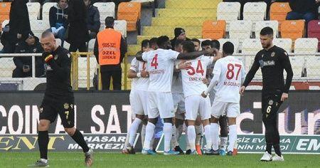 Süper Lig'de 14. haftayı Sivasspor lider bitirdi