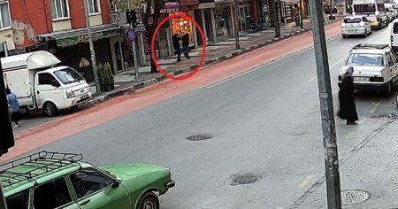 Tartıştığı şahsı sokak ortasında öldürdü: Dehşet anları kamerada