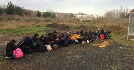 Tekirdağ'da 26 kaçak göçmen yakalandı