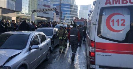 Ümraniye'de feci kaza: 1'i bebek 5 yaralı