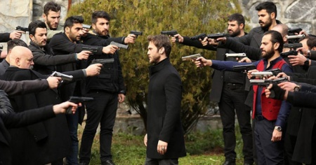 Ünlü oyunculardan şiddet içerikli dizilere sert eleştiri