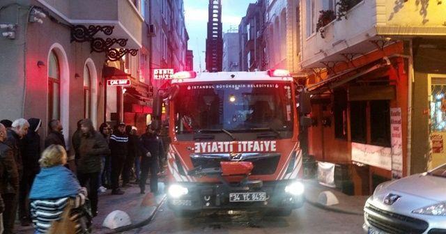 4 katlı apart otelde korkutan yangın
