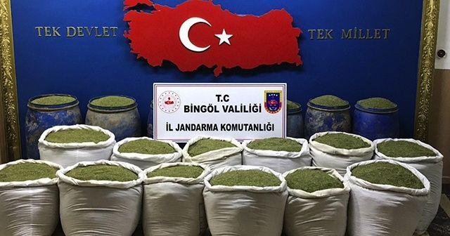 Bingöl ve Diyarbakır'da 1 ton 351 kilogram  toz esrar ele geçirildi