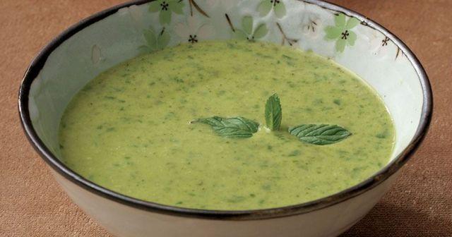 Brokoli çorbası tarifi, Brokoli çorbası nasıl yapılır, Brokoli çorbası yapımı