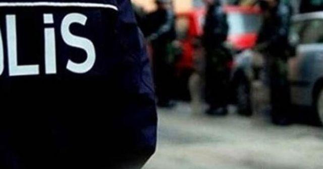 Esenyurt'ta bir şahıs evine gelen icra memurlarına silah çekti