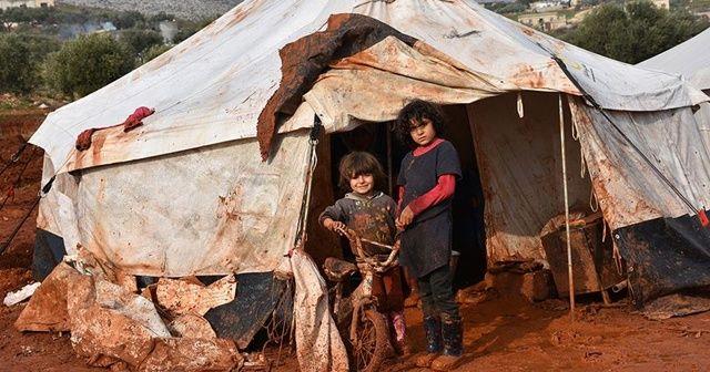 İdlib'de ateşkese rağmen 50 sivil öldü, 31 binden fazla kişi göç etti