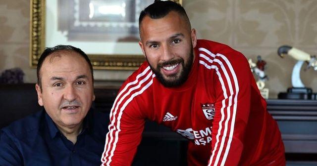 Sivasspor, Yasin Öztekin ile resmi sözleşme imzaladı