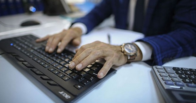 Ticaret Bakanlığı sözleşmeli bilişim personeli alacak