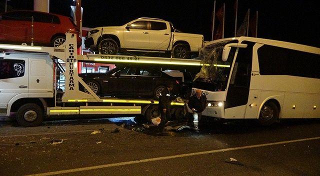 Uşak'ta yolcu otobüsü kaza yaptı, çok sayıda yaralı var