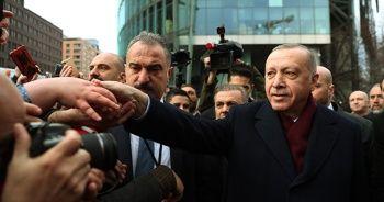 Cumhurbaşkanı Erdoğan'a Almanya'daki Türklerden sevgi gösterisi