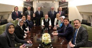 Cumhurbaşkanı Erdoğan dönüş yolunda konuştu: Açıklanan plan, barışa ve çözüme hizmet etmeyecektir
