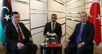 Cumhurbaşkanı Erdoğan Libya UMH Başbakanı Serrac ile görüştü